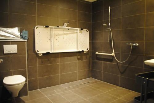 Salle de bains dans l'établissement Equus