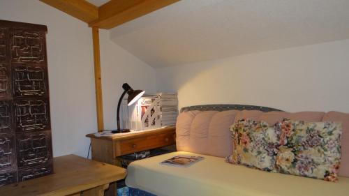 Ein Sitzbereich in der Unterkunft Ferienwohnung Haus König