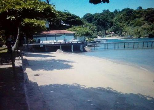 The swimming pool at or near Casa Angra dos Reis - Ponta Leste