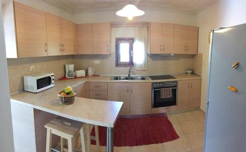 A kitchen or kitchenette at Summer Knights