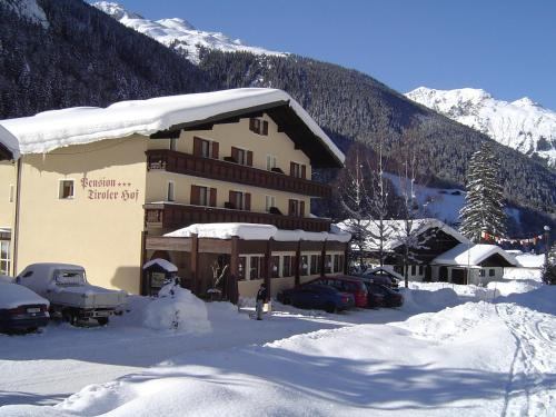 Wohlfühlpension Tirolerhof im Winter