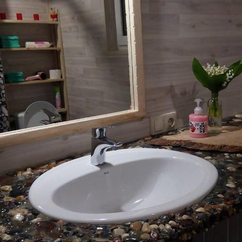 A bathroom at Гостевой дом Белая Дача