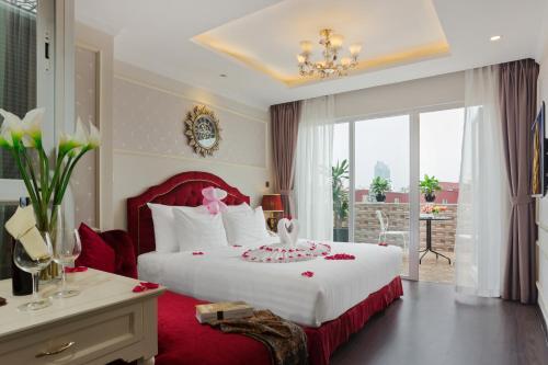 Luxury Old Quarter Hotel