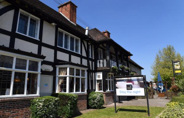 The Crown by Marston's Inns in Droitwich, Worcestershire, England