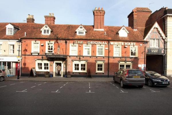 Original White Hart by Marston's Inns in Ringwood, Hampshire, England