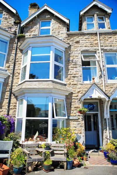 Blue Sky Bed and Breakfast in St Ives, Cornwall, England