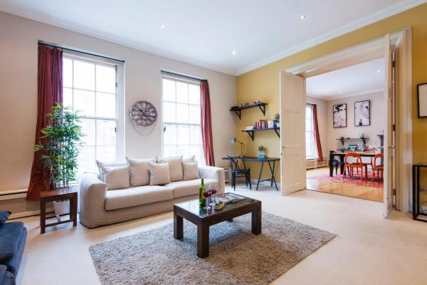 FG Apartment - Earls Court, Old Brompton Road in London, Greater London, England