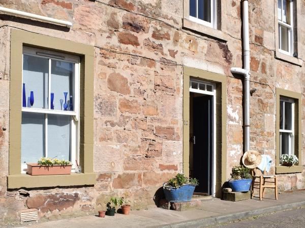 The Blue Cottage @ Cellardyke in Cellardyke, Fife, Scotland