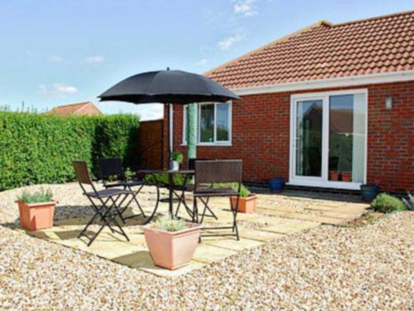 Sea Breeze Bungalow in Sutton on Sea, Lincolnshire, England