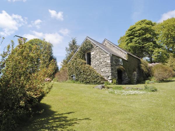 Daisy Cottage in Llanfihangel-Glyn-Myfyr, Conwy, Wales
