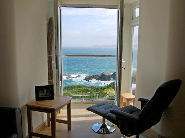 Apartment 3 The Halcyon in Port Isaac, Cornwall, England