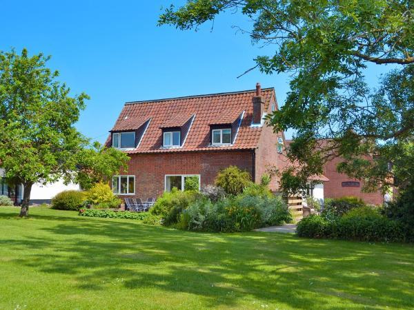 Carleton Cottage in New Buckenham, Norfolk, England
