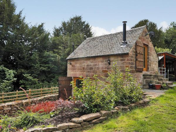 Cornstore Cottage in Crich, Derbyshire, England