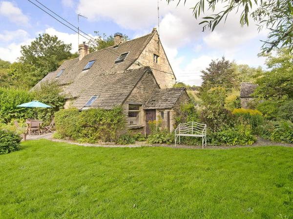 Brook Cottage in Andoversford, Gloucestershire, England