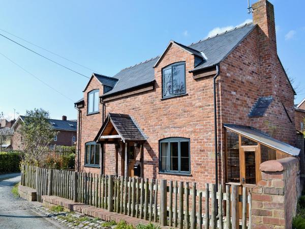 Hart Cottage in Ellesmere, Shropshire, England