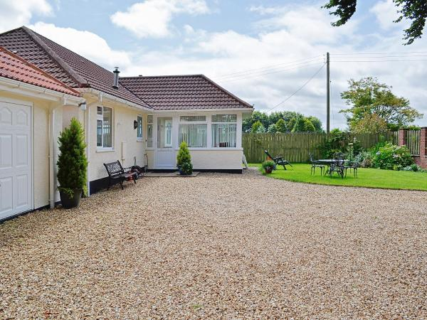 South Cleeve Bungalow in Upottery, Devon, England