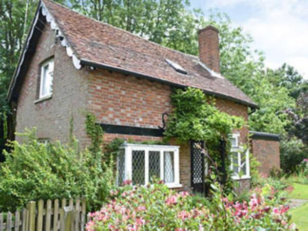Wysteria Cottage in Pembury, Kent, England