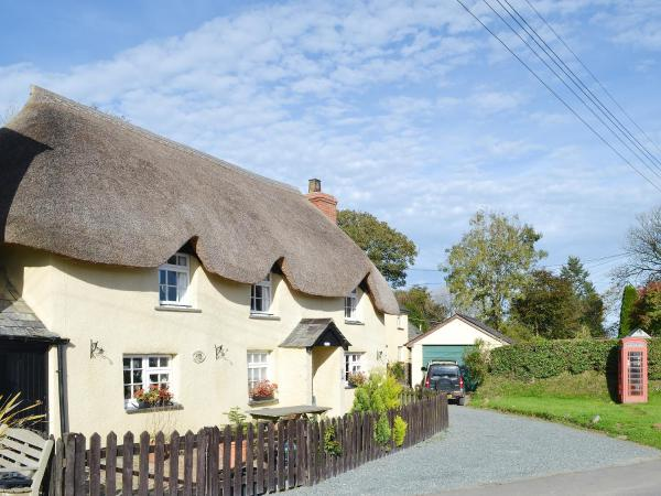 Holmdene Cottage in Ashwater, Devon, England