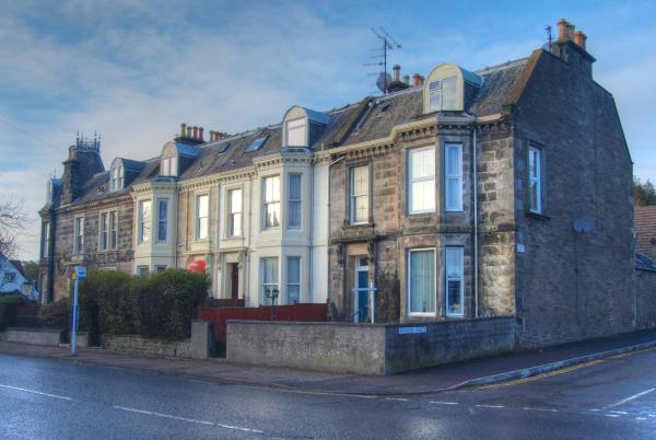 Stonelee Guest House in Dundee, Angus, Scotland