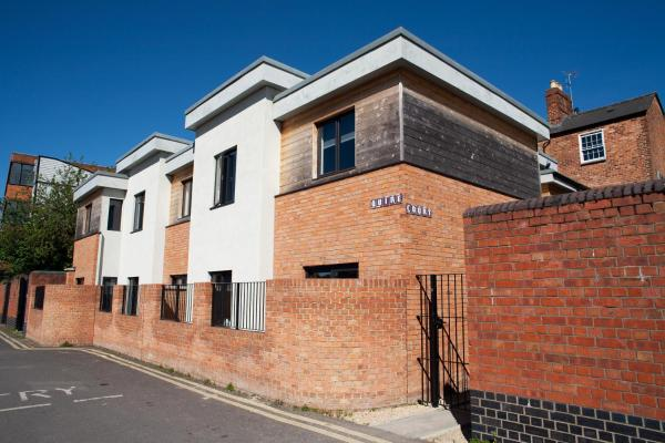 Quire Court Apartment in Gloucester, Gloucestershire, England