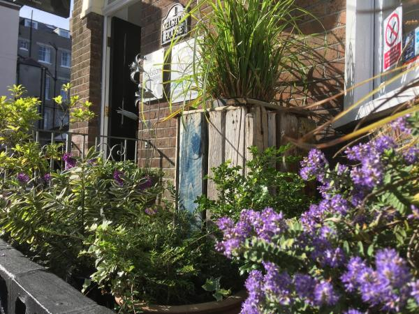 Kelston Guest House in Weymouth, Dorset, England