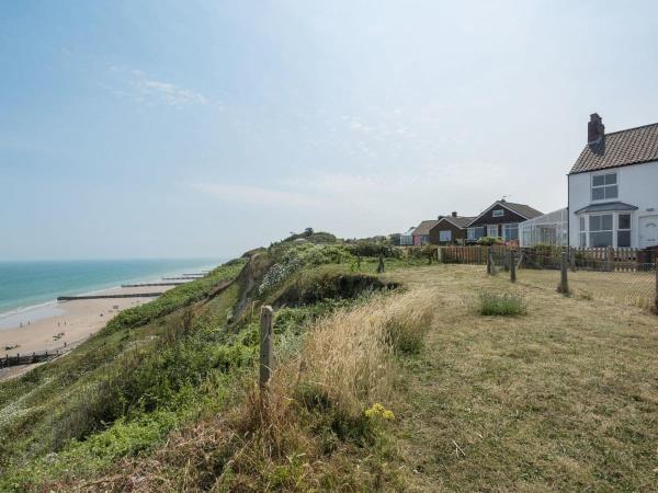 Marions Seaside Cottage in Overstrand, Norfolk, England