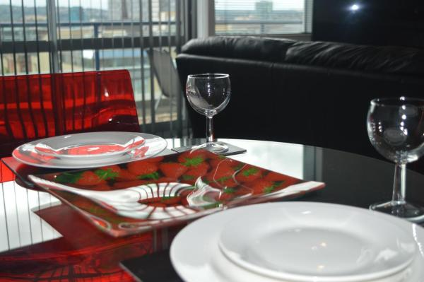 City Crash Pad Serviced Apartments - West Street in Sheffield, South Yorkshire, England