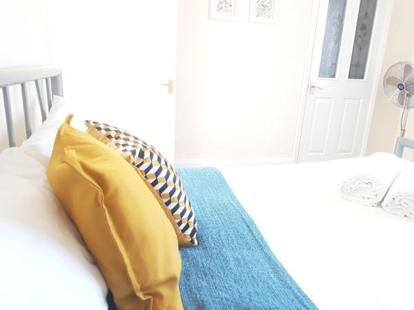 Alder Road Serviced Accommodation in Southampton, Hampshire, England