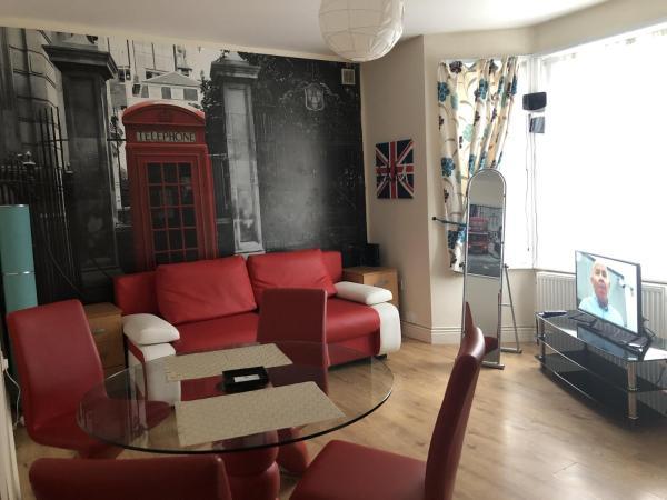 One bedroom flat in Harrow 62D in Harrow, Greater London, England