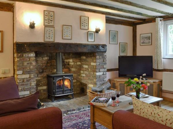 Henley Bridge Holiday Cottage in Ashburnham, East Sussex, England