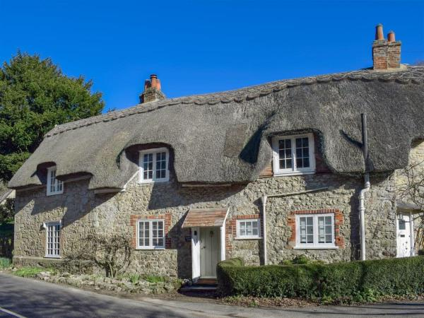 Apple Tree Cottage in Shorwell, Isle of Wight, England