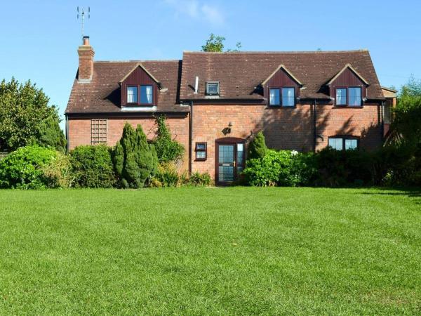 Lawn Farm Cottage in Hempstead, Gloucestershire, England