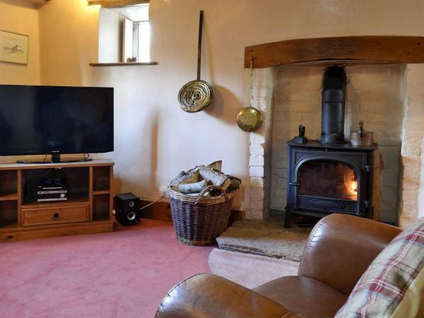 Harvest Cottage in Wrexham, Wrexham, Wales
