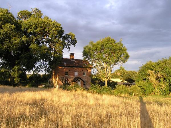 Oak Tree Farm in Yoxford, Suffolk, England