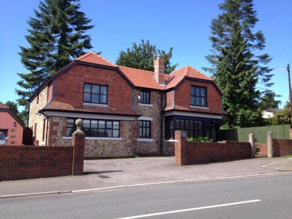 Ty Mynydd Lodge in Cardiff, Glamorgan, Wales