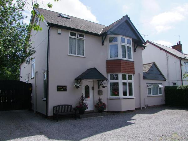 Eden End Guest House in Solihull, West Midlands, England