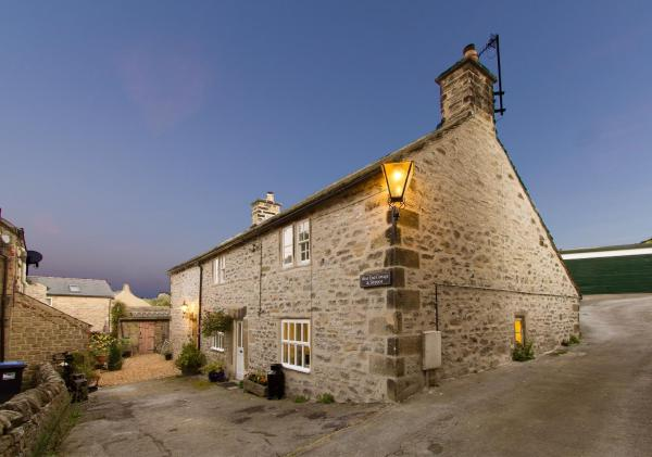 West end cottage and shippon in Eyam, Derbyshire, England