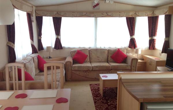 Bambi Luxury Static Caravan in Polperro, Cornwall, England