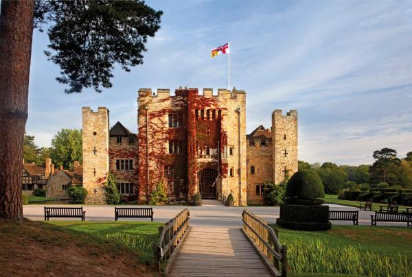 Hever Castle Luxury Bed and Breakfast in Edenbridge, Kent, England