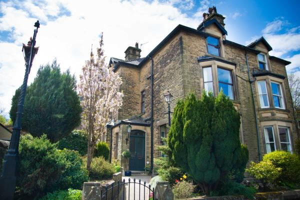 Compton Guest House in Buxton, Derbyshire, England