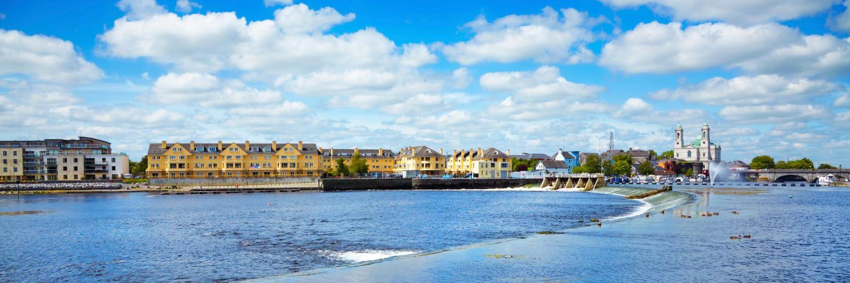 Hotels in Athlone. Book your hotel now! - uselesspenguin.co.uk