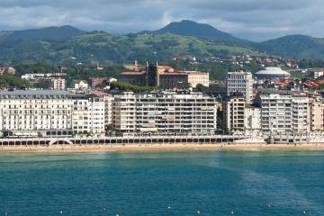 Saint-Sébastien: Location de voitures dans 4 lieux de prise en charge
