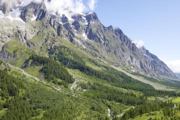 Aosta: Car rentals in 1 pickup location