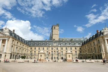 Dijon: Car hire in 7 pick-up locations
