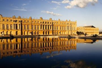 Versailles: Noleggio auto in 2 luoghi per il ritiro