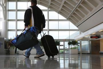 אונטריו: השכרת רכב ב-11 מקומות איסוף