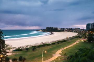 Coolangatta: Car hire in 2 pick-up locations