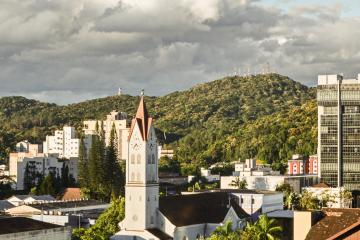 Joinville: Car hire in 2 pick-up locations