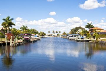 Cape Coral: Car hire in 9 pick-up locations