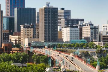 Saint Paul: Car rentals in 12 pickup locations